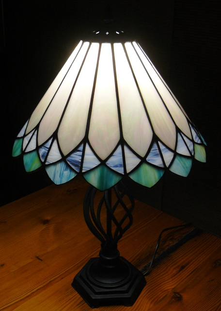 stained glass lamp patterns free stained glass lamp patterns free car. Black Bedroom Furniture Sets. Home Design Ideas