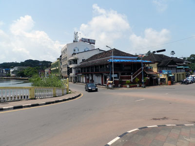 Down The Road - Restaurant Goa