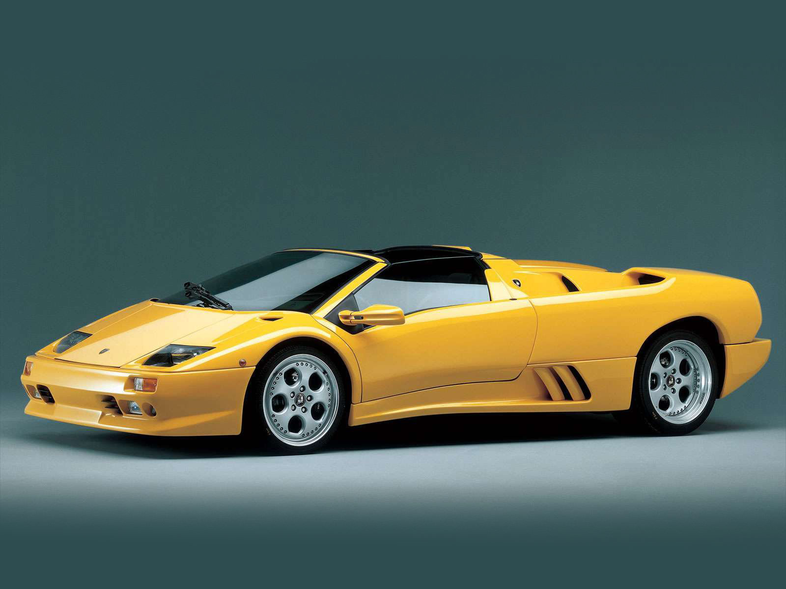 1996 lamborghini diablo roadster accident lawyers info. Black Bedroom Furniture Sets. Home Design Ideas