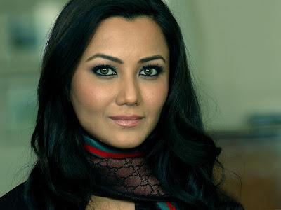 Nausheen Sardar Ali sexy picture