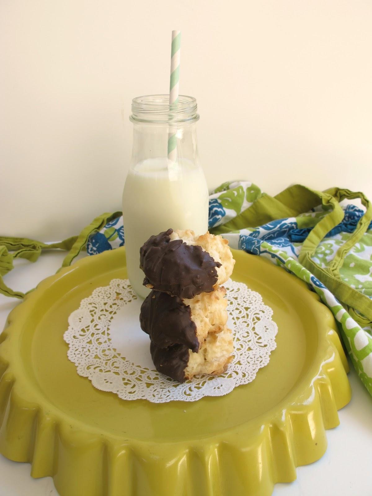 Whipple Scrumptious: Coconut Macaroon Recipe