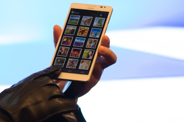 HUAWEI ASCEND MATE Windows 8 Mobile Phone İmages, Features Photos and Pictures 5