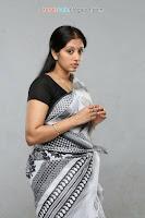 Malayalam Movie Bharya Athra pora Movie Latest Stills