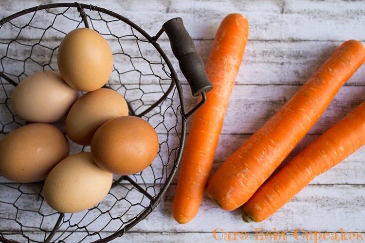 Zutaten Karottenkuchen mit Frischkäse-Topping