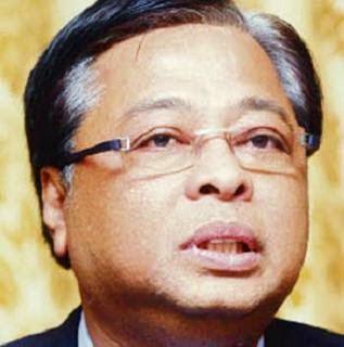Dato Sri Ismail Sabri cina adalah minoriti jika Melayu boikot perniagaan cina cina tentu tiada pilihan untuk turunkan harga