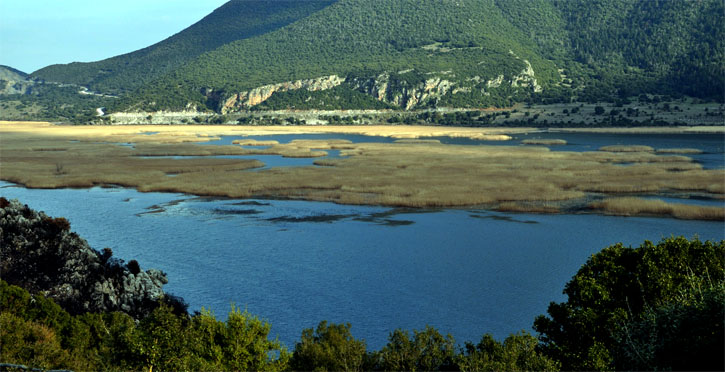 Η λίμνη του Δύστου πριν λίγα χρόνια...