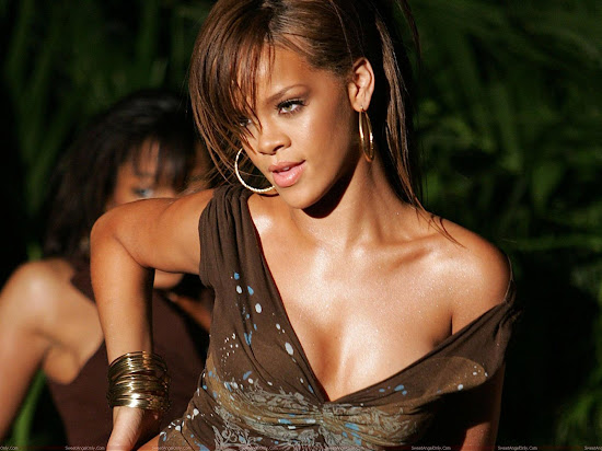 rihanna_glamour_hd_wallpaper_Fun_Hungama