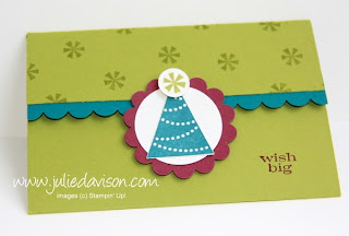 http://juliedavison.blogspot.com/2012/12/birthday-double-pocket-gift-card-holder.html