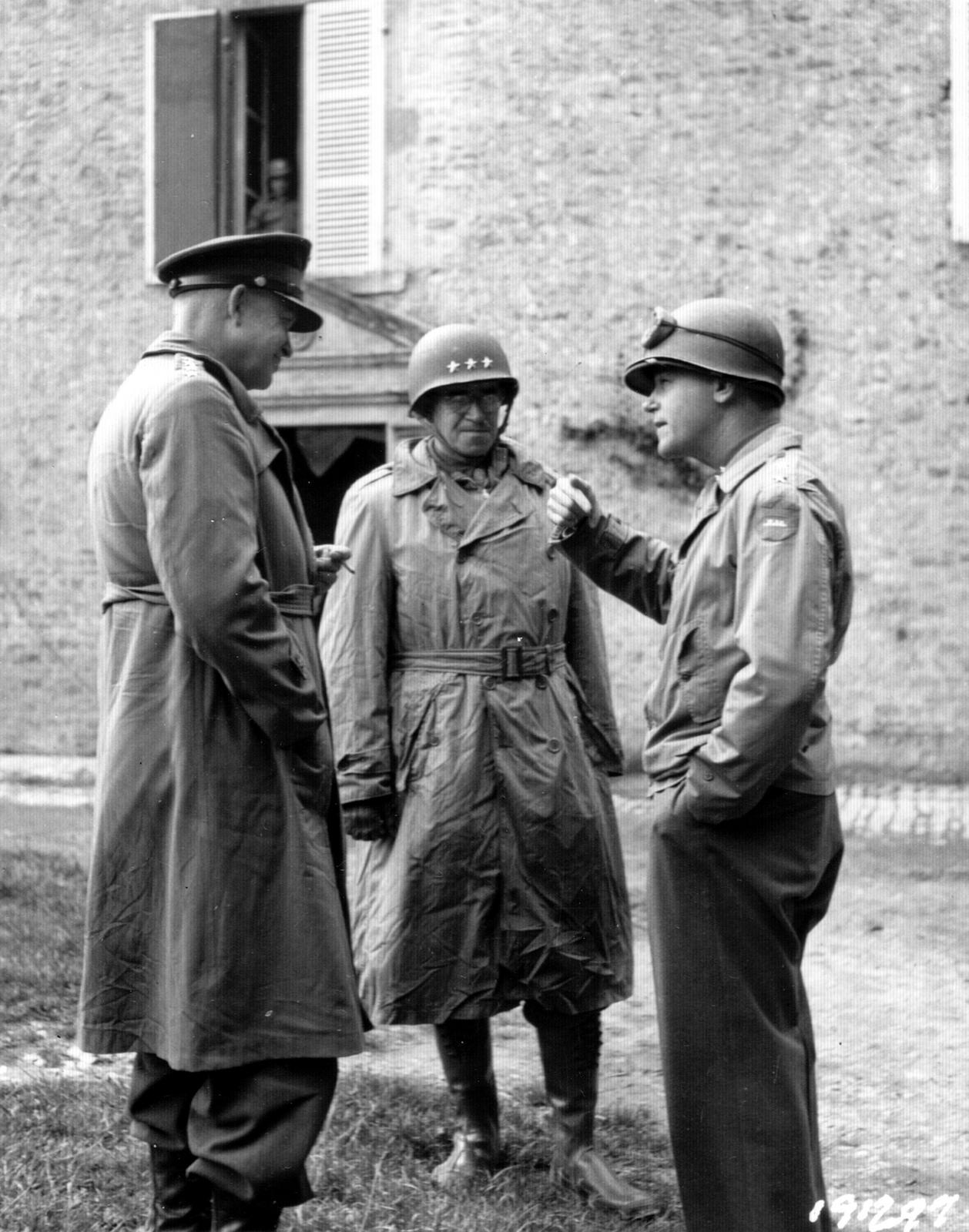 World War II Pictures In Details: Generals Dwight Eisenhower, Omar ...