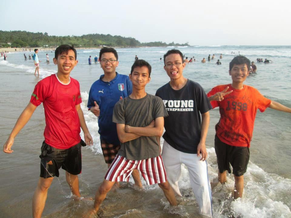 Rihlah pantai sawarna Banten