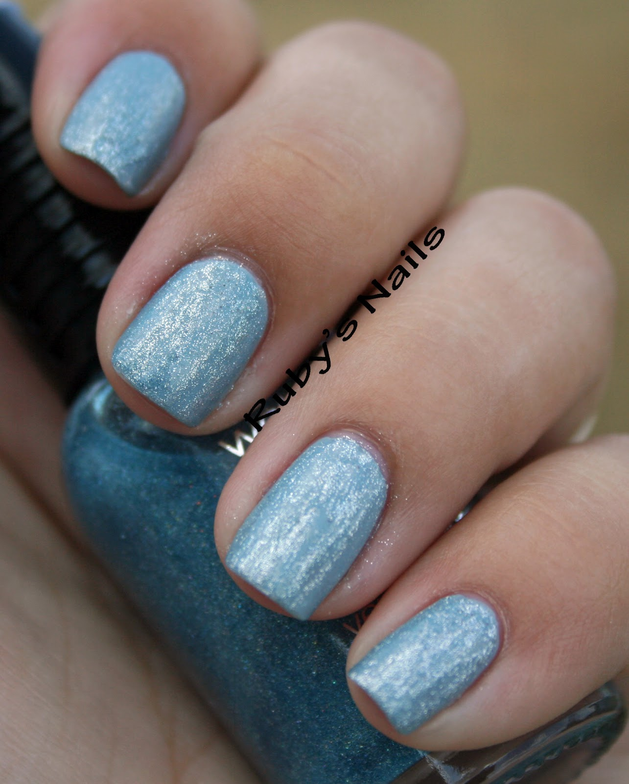 Ruby\'s Nails: Frosty nails