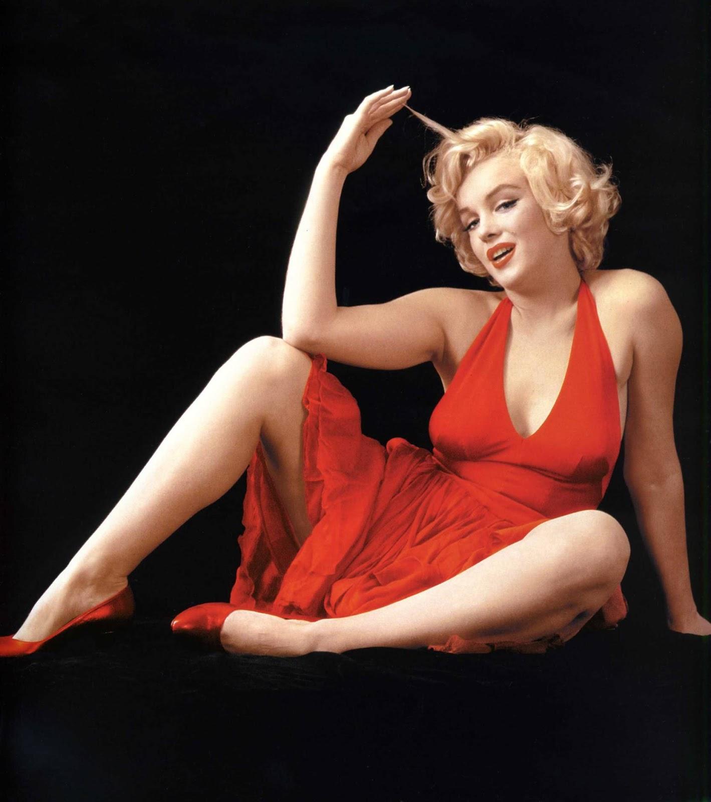 Marilyn Monroe Red Sweater Sitting Feb 1955 Vintage