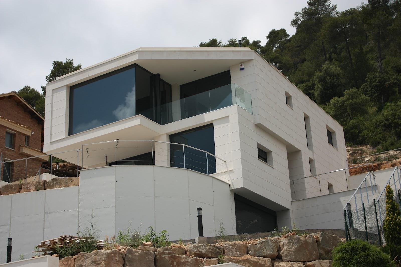 Casas modulares blochouse casa en vallirana - Casas modulares barcelona ...