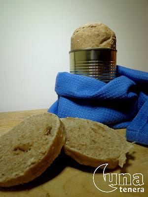 pane di segale alle olive... in barattolo