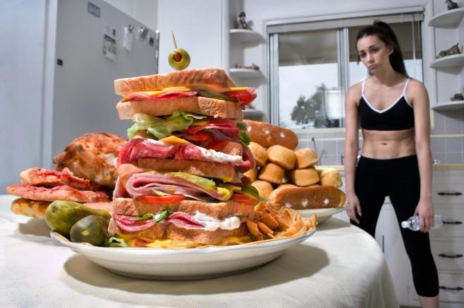 external image Anorexia-y-Bulimia-by-www.BancodeImagenesGratuitas.com-3.jpg