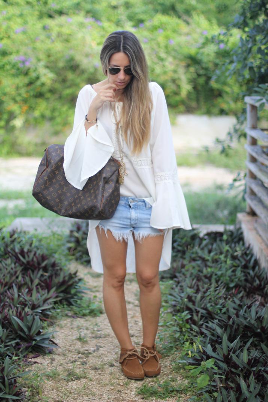 Boho outfit blogger