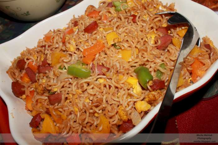 A bengali in to ramadan iftar foods the kids love the spring rolls and noodles are making a big comeback at iftar parties gotta love noodles forumfinder Images