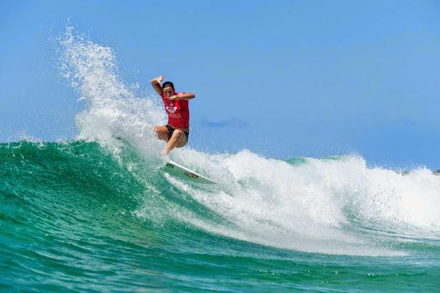 7 Roxy Pro Gold Coast 2015 Tyler Wright Foto WSL Kelly Cestari