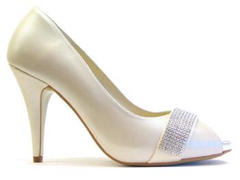 Modernos zapatos de novia de nuria cobo 2011 2012 - Zapatos nuria cobo ...