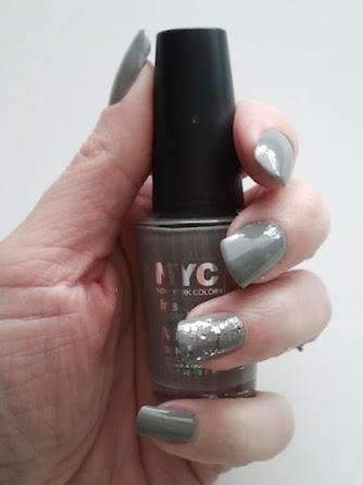 Sew Chatty: {style me pretty...gray nail polish!}