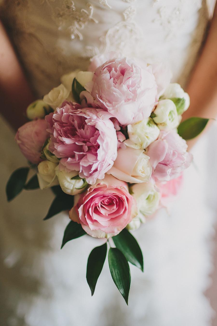 wedding, bride, bridal, details, flowers, bouquet, fort valley, massee lane, garden, georgia, macon, wedding photography