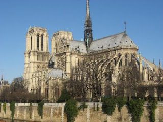 صور رائعة من باريس  Top_10_things_to_do_while_in_paris_notre_dame_de_paris2