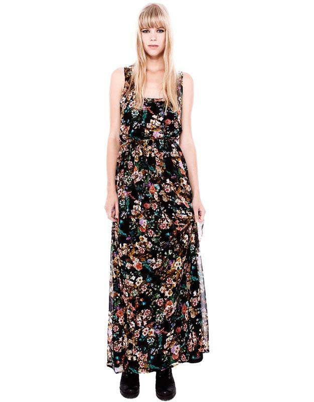 çiçek desenli siyah yıtmaçlı uzun elbise