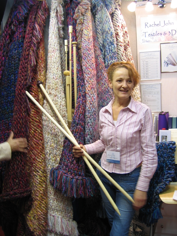 Giant Knitting Needles Uk : Knitting too extreme for dragons