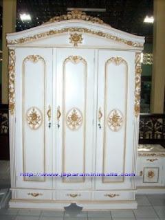 Almari Pakaian Rahwana 3 Pintu White Furnishing Duco
