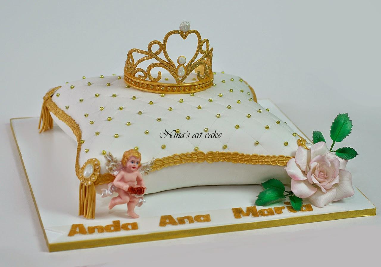 Tort perna cu coronita pentru Anda