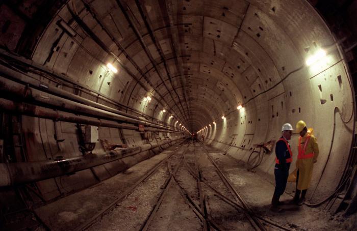 Terowongan Channel