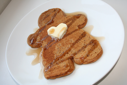 Gingerbread Pancakes. Yummy. - Popsicle Blog