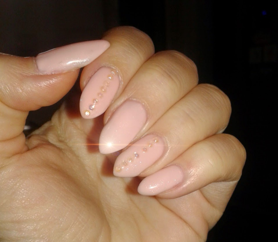 Style Sense Moments Beauty Nude Nails With Rhinestones