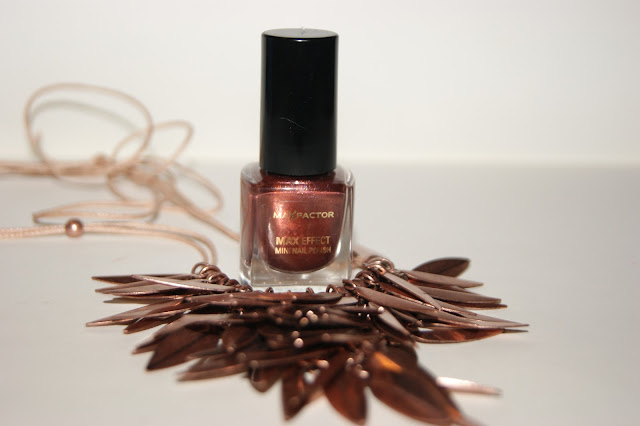 Max Factor Red Bronze Nail Polish