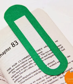 http://onelmon.com/blog/2014/01/giant-paper-clip-bookmark/