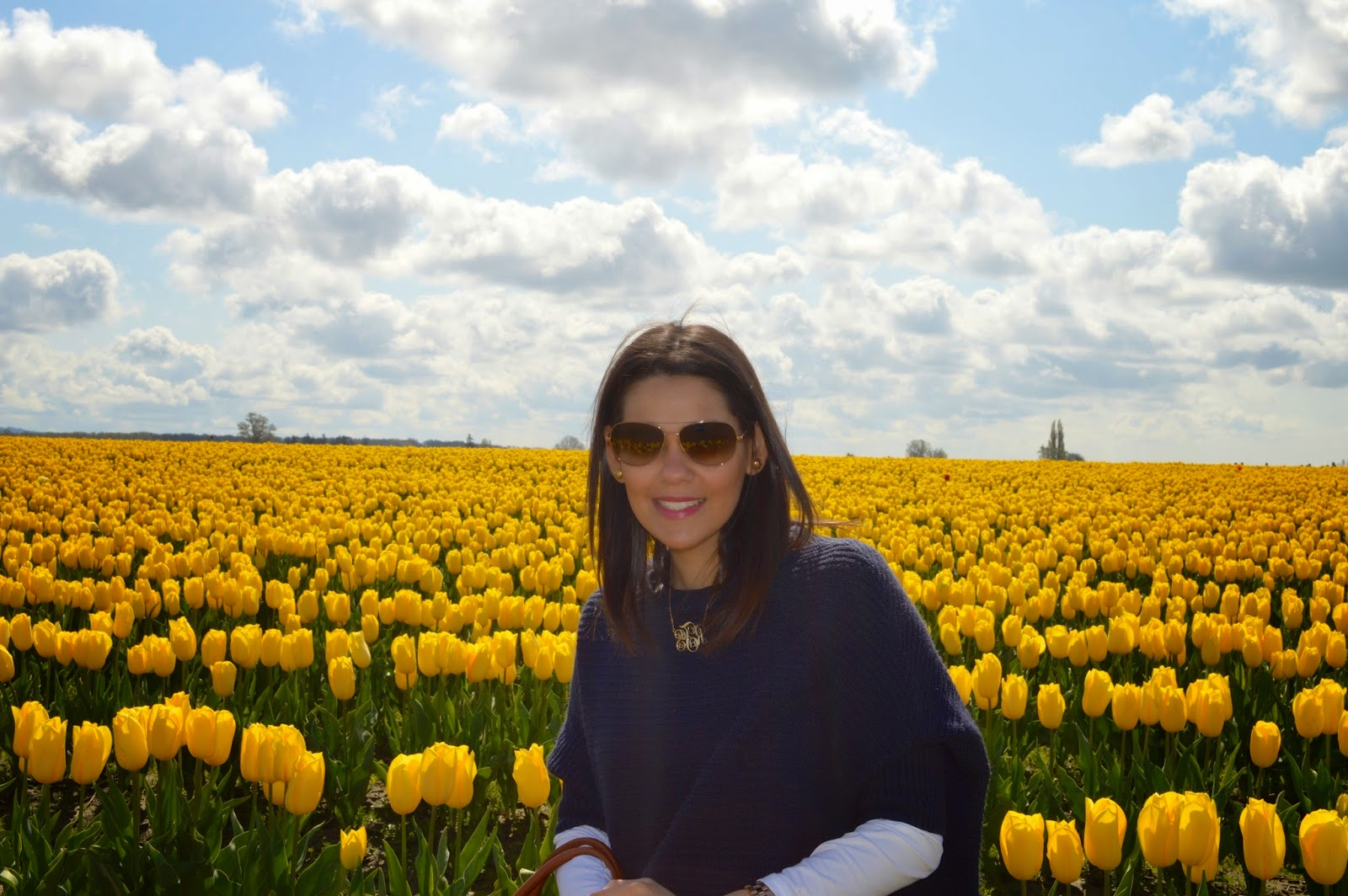 Marifer on a yellow tulip field.