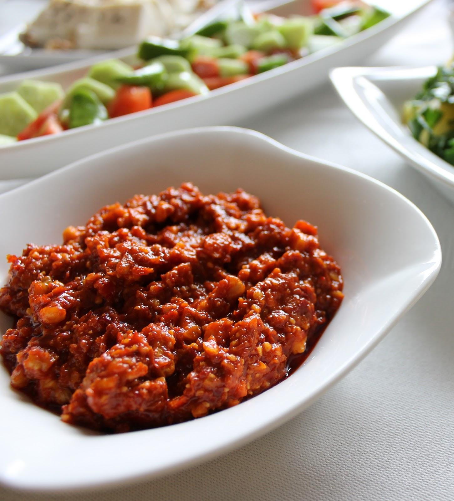 Peynirli Muhammara Tarifi