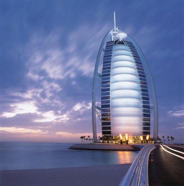 World beautiful places and hotels hotels in dubai for Burj arab dubai