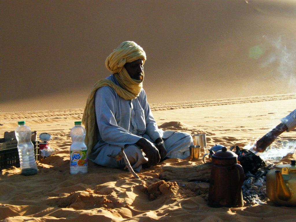 """Résultat de recherche d'images pour """"image de touareg dans le desert"""""""