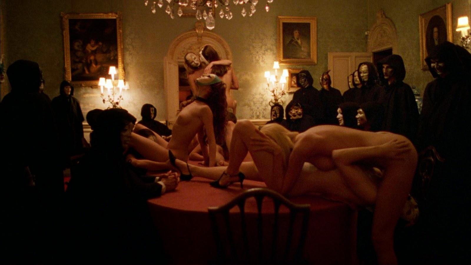 eroticheskiy-film-klub-smotret-onlayn
