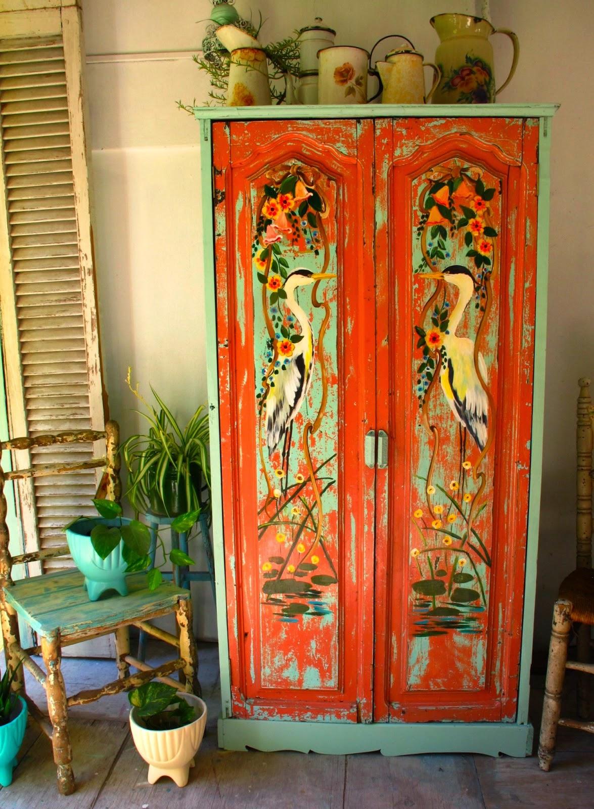 Repagina o de m veis em estilo vintage jeito de casa - Armarios pintados a mano ...
