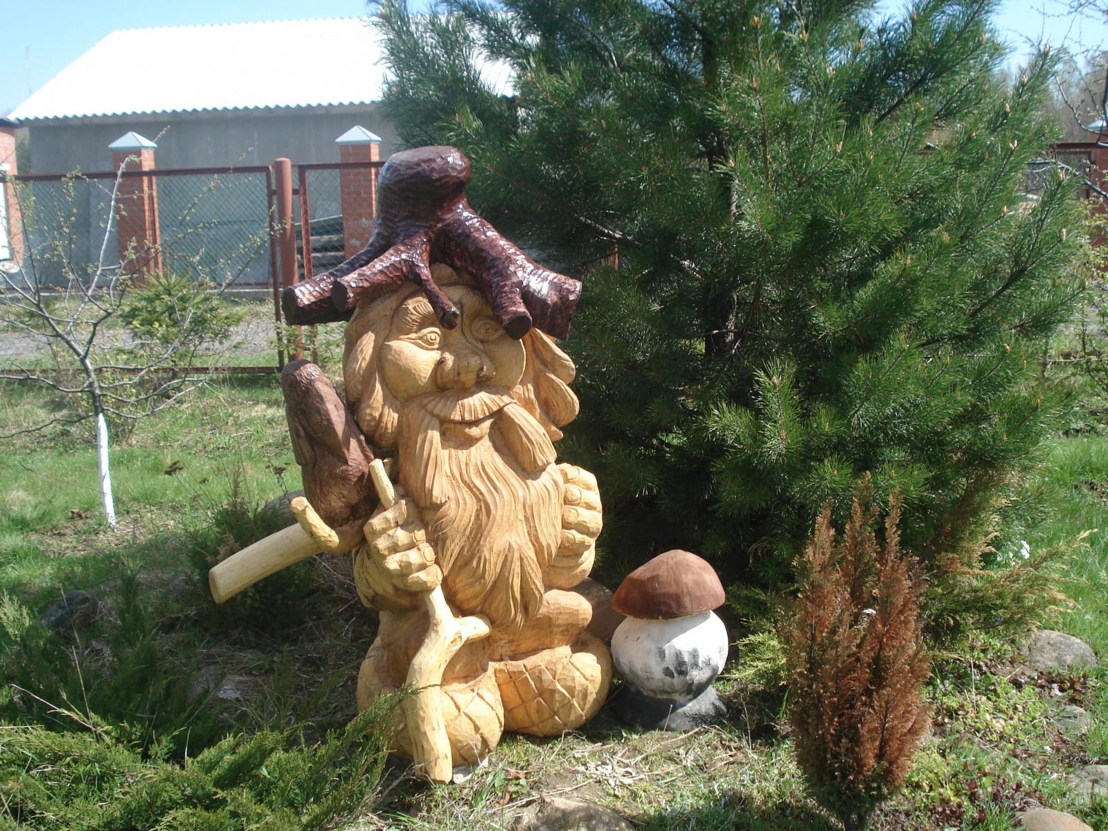 Деревянная скульптура в саду своими руками