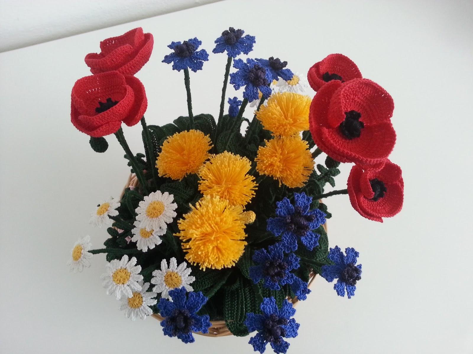Il Blog di Sam: Composizione di fiori di campo alluncinetto