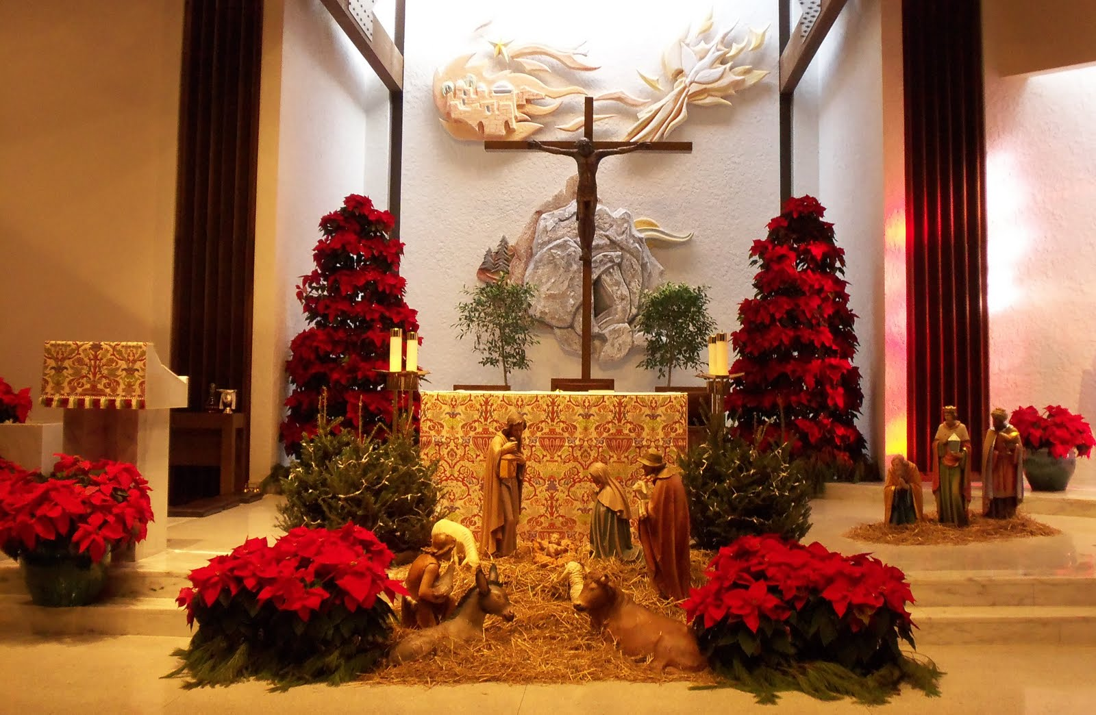 on christmas day i was astounded at how beautiful i thought our church looked decorated for christmas