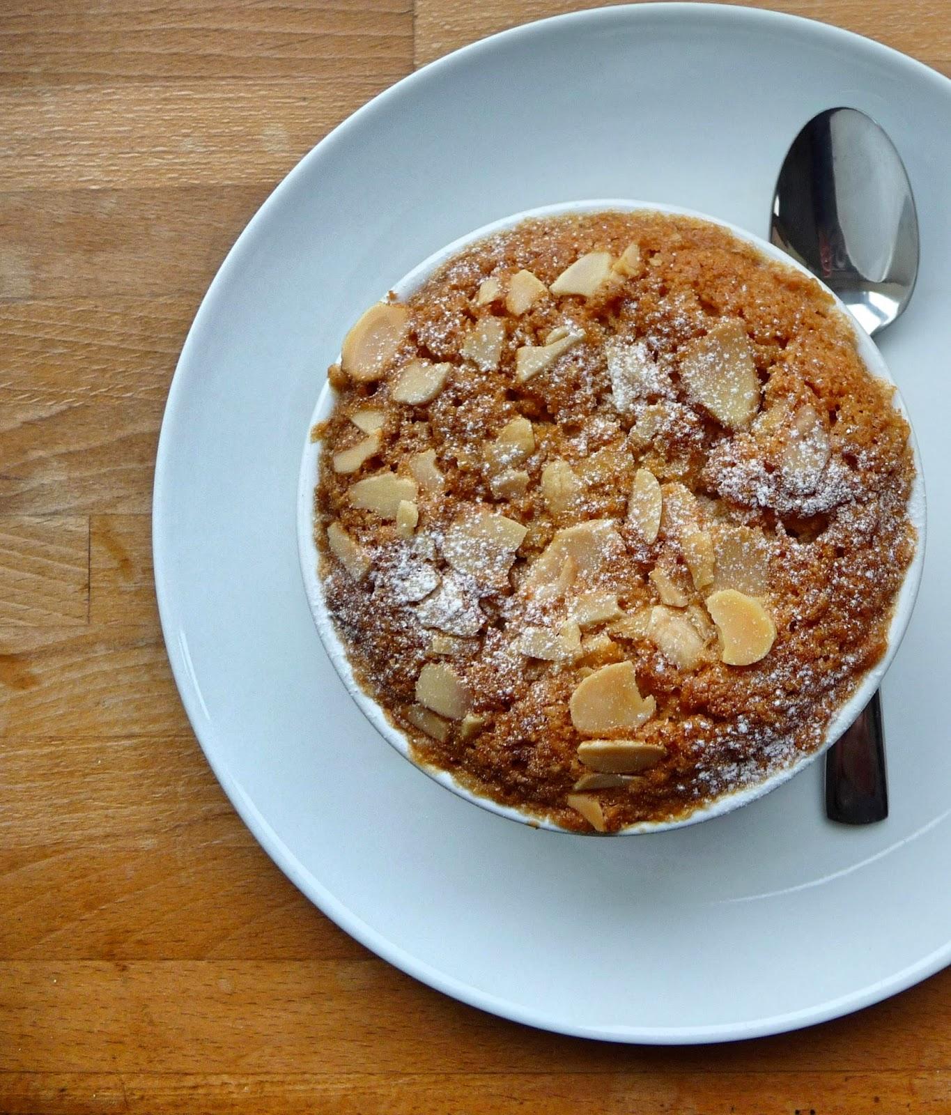 Almond sponge topped apple pots