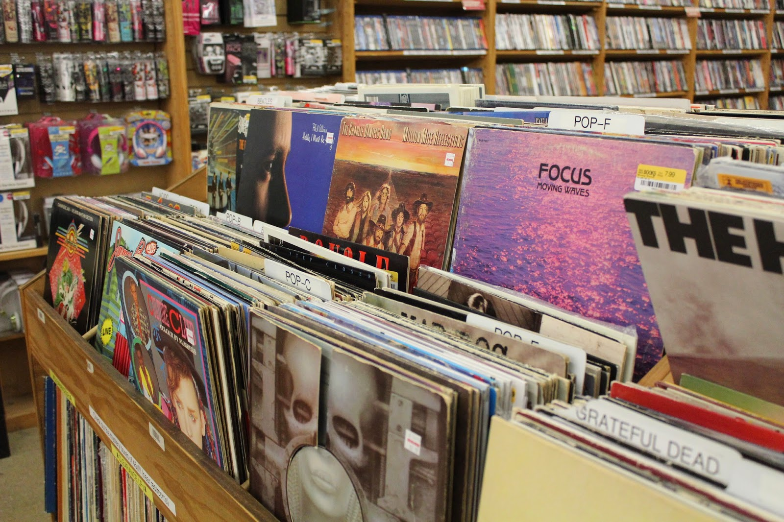 Simply Sinova: Five Simple Tips for Vinyl Hunting