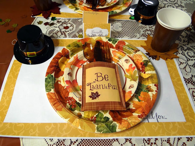 Runwithjackabee thanksgiving table decorations with free