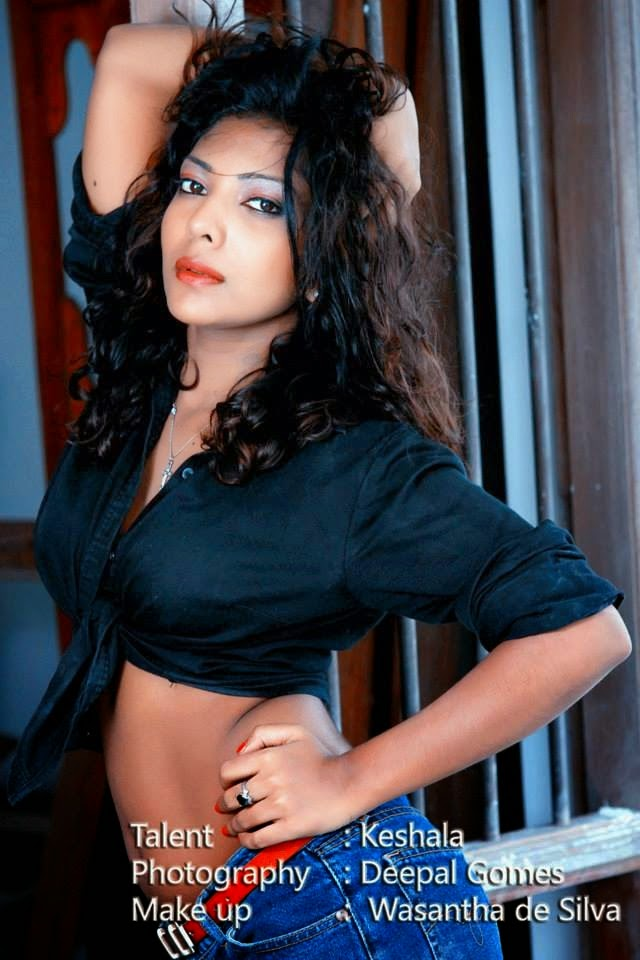 Sri Lankan Girls Hot Photos