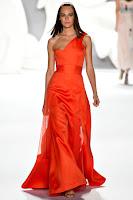 Асиметрична рокля с едно рамо Carolina Herrera