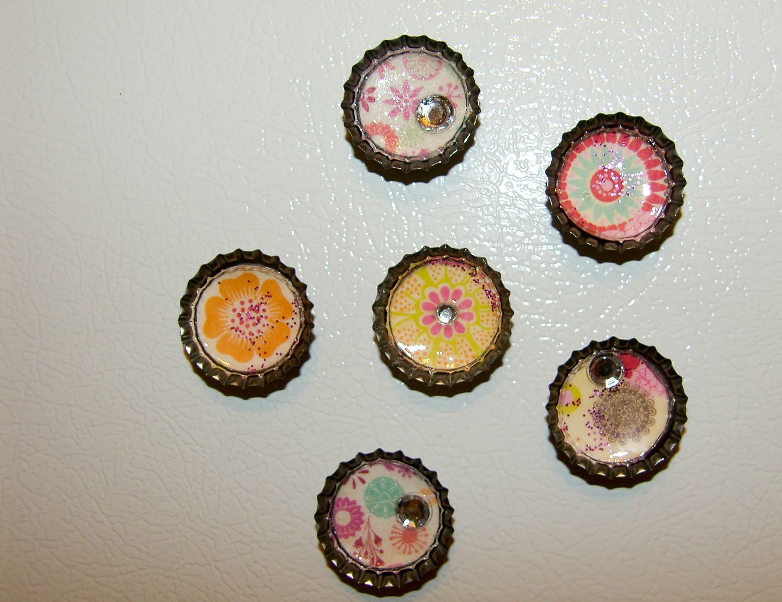 diy bottle cap magnets bottle cap magnets the diy dreamer